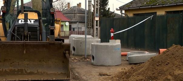 2015.12.11. korszeru szennyviztisztitas ujfeherton