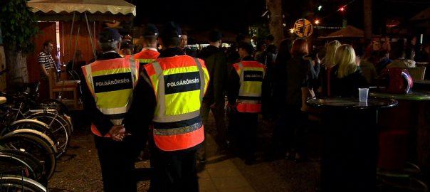 Péntek éjjel razziáztak a rendőrök Nyíregyházán, mi is ott voltunkNyíregyháza - Éjszakai ellenőrzésre hívta szerkesztőségünket a megyei főkapitányság. Tanulságos történet.