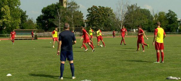 Öt új játékos a Szpari keretében - új csapatot épít Mátyus JánosNyíregyháza - Megkezdte a felkészülést az NB2-re a nyíregyházi klub. A bajnokság július 30-án kezdődik.