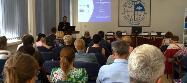 Munkahelyi képzésekről, a digitalizációs folyamatok fontosságáról, valamint az ezeket támogató pályázati lehetőségekről tartottak információs napot a Szabolcs-Szatmár-Bereg Megyei Kereskedelmi és Iparkamarában.