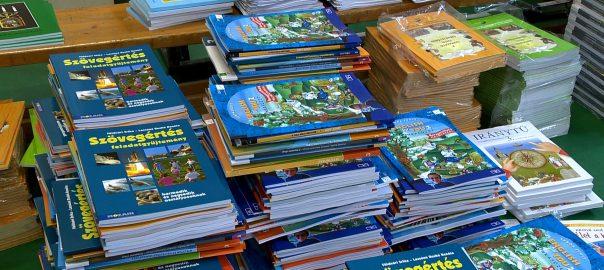 282 iskola közel 66 ezer diákja kapja meg tankönyveit a megyében a tanévkezdésig.