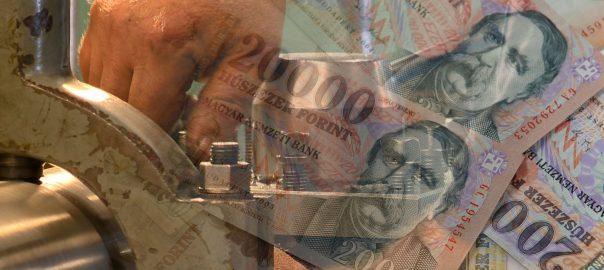 Meghosszabbítják a hiteltörlesztési moratóriumot