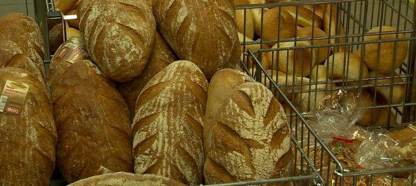 A Magyar Pékszövetség adatai alapján egyre több pékség kényszerül a bezárásra, mivel a pékáruk értékesítésének mintegy 60%-a veszteséges.