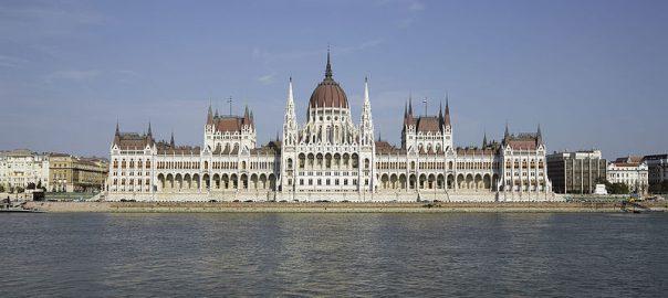 HUN-2015-Budapest-Hungarian_Parliament_(Budapest)_2015-01
