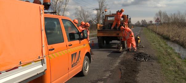 Javítják az útburkolatot Szabolcs-Szatmár-Bereg megyében.
