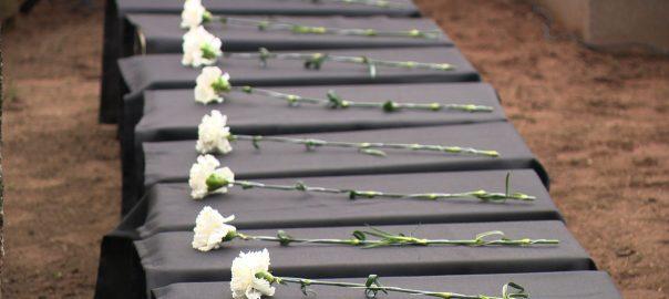 12 szovjet katona földi maradványait temették újra.