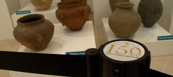 Kiállítás 150 tárgyból