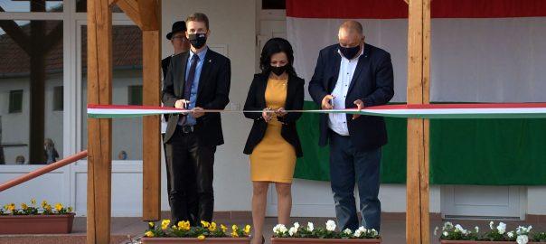 Új termelői piac épült Nyírcsaholyban.