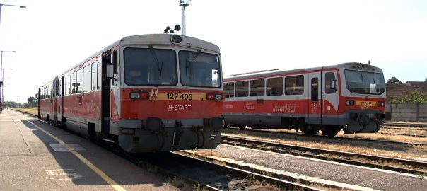 utasbarat vonatmenetrend