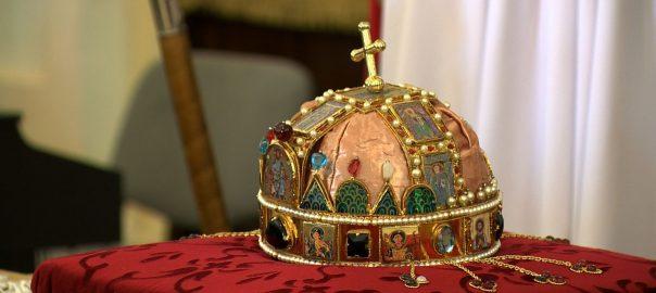A Szent Korona hiteles másolatát fogadták pénteken Nagyecseden