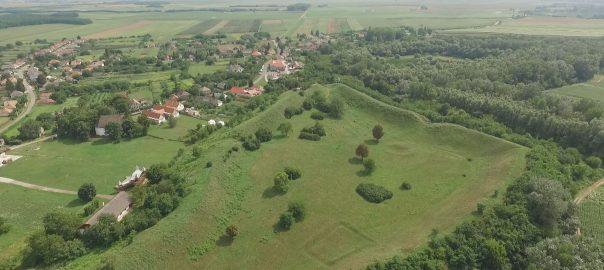 Nemzeti emlékhellyé akarják nyilvánítani a Szabolcsi földvár területét
