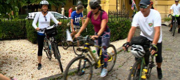 """Nyíregyházára érkeztek az """"Otthonról Haza!"""" program Kárpátaljáról érkező kerékpáros zarándokai"""
