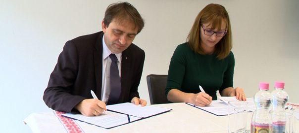 Együttműködési megállapodást kötött a Debreceni Egyetem a Sóstói Múzeumfaluval